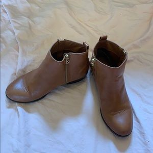 Brown SM New York boots